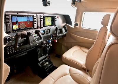 CessnaStationairInterior